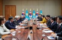 한-카자흐스탄 정상회담에서 한-EAEU FTA 협상 개시 협력 논의